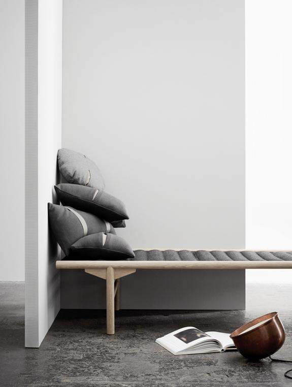 menu_cushions_daybed_pernille_vest_emmas_designblogg_51d8a394ddf2b3709ec0e189